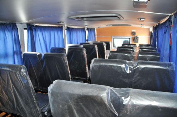 Вахтовый автобус Урал 3255-5013-71Е5 6×6 full